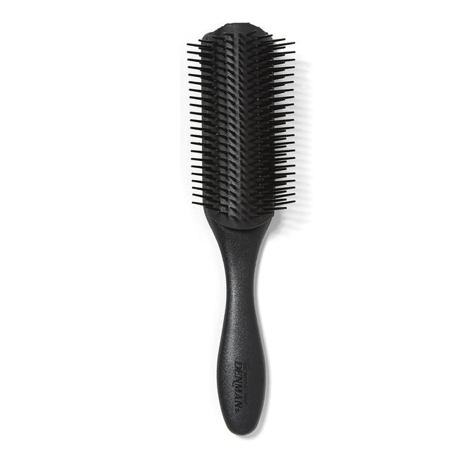 D4 All Black Classic Styling Brush